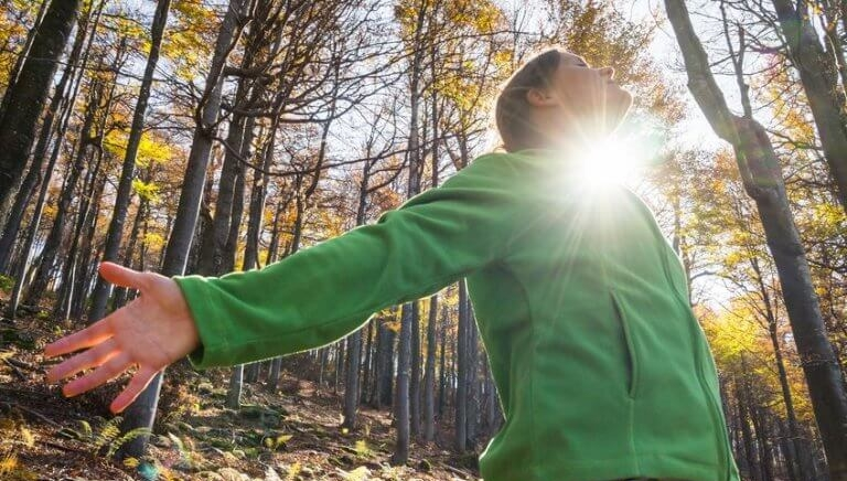kvinna-i-skogen.jpg